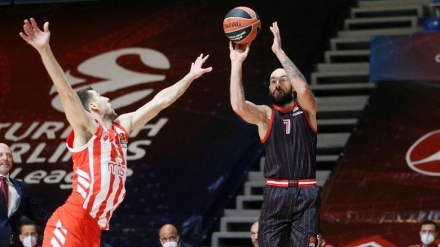 Λέονσις: «Σπανούλης, η θεότητα του ελληνικού μπάσκετ»