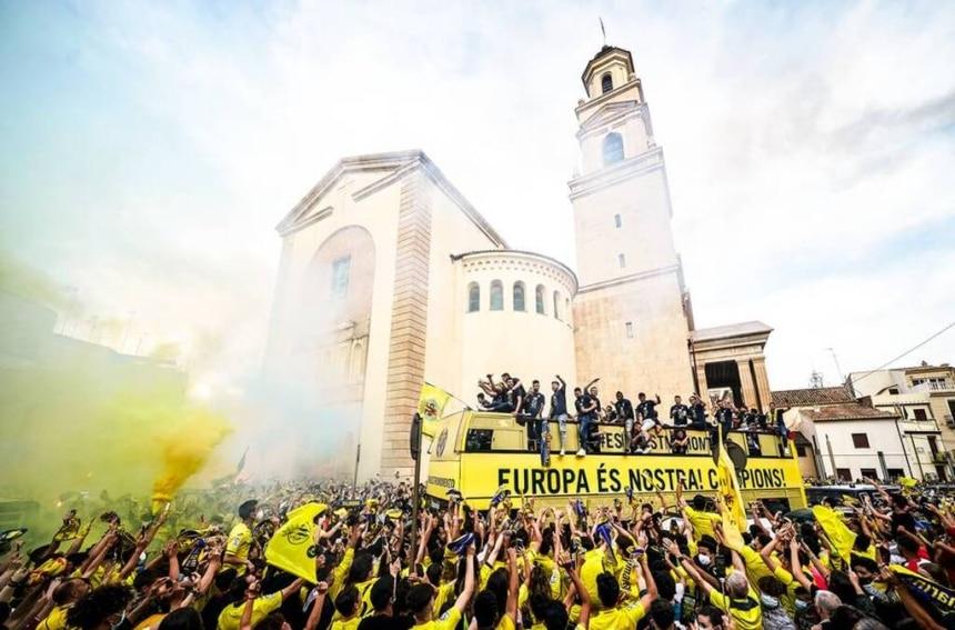 Europa League: Με παρέλαση στους δρόμους γιόρτασε η Βιγιαρεάλ το τρόπαιο (vid)
