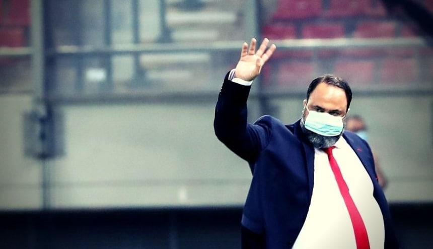 Πάτησε χορτάρι ο ηγέτης μας, Βαγγέλης Μαρινάκης και αποθεώθηκε! (vid)
