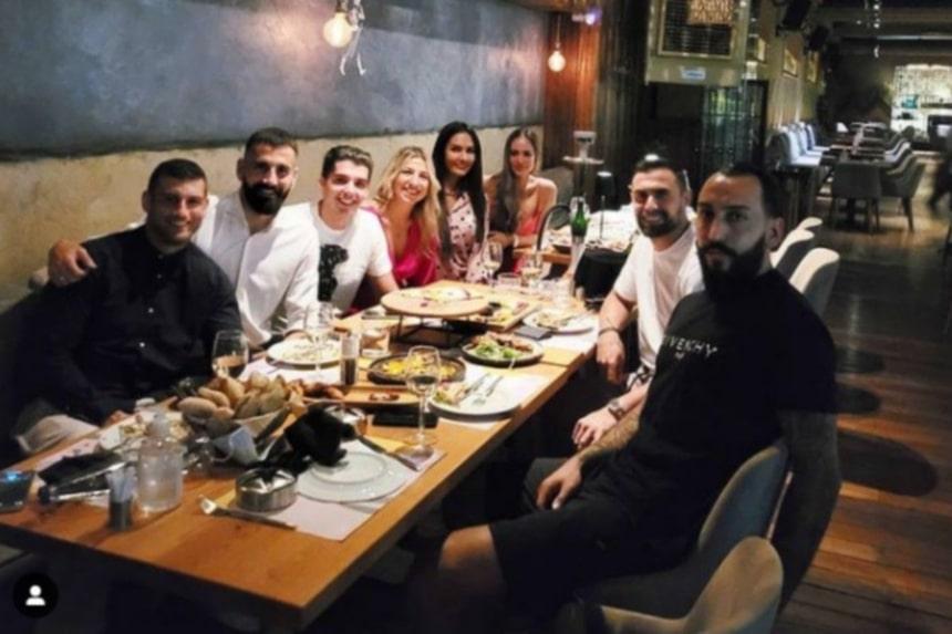 Ο Σιόβας γιόρτασε τα γενέθλια του με Μήτρογλου και Μανιάτη!