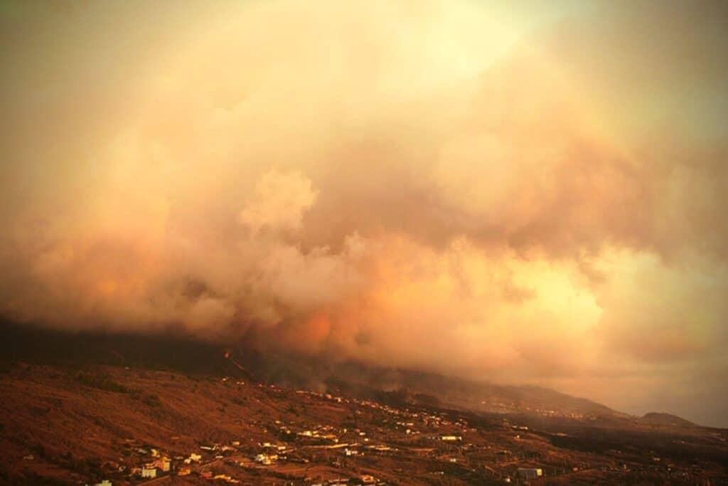 Κλιμακώνεται η ηφαιστειακή έκρηξη στη Λα Πάλμα