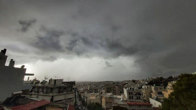Καιρός: Νεφώσεις και τοπικές βροχές σήμερα!